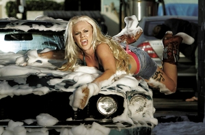 012497-singer-pink-in-a-scene-from-music-video-stupid-girls-6310307-jpg